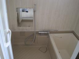 施工前 - 浴室・浴槽塗装、補修、リフォーム【AR株式会社】